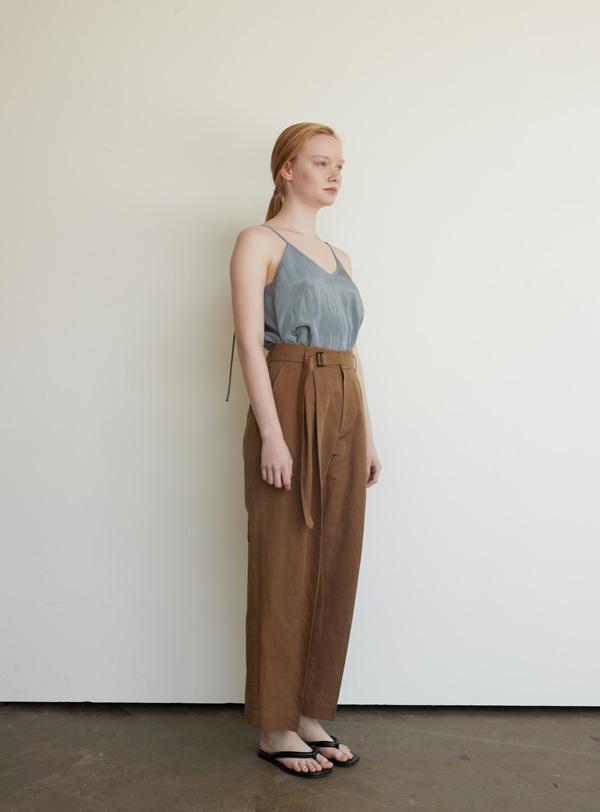 Volume pants (camel)