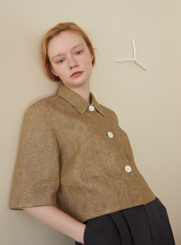 Half-sleeved jacket (khaki)