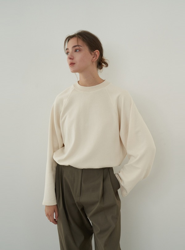 Pigment sweat shirt (cream)