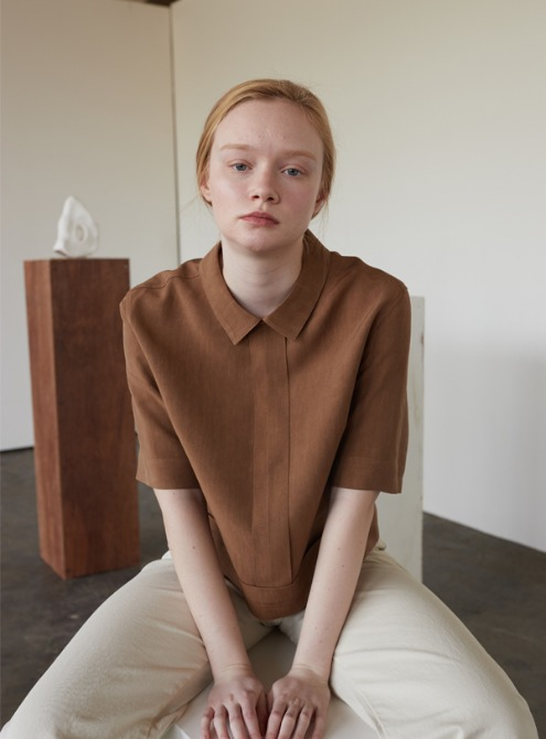 Linen collar top (brown)