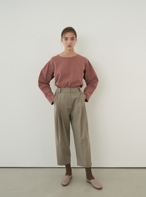 Wool blended carrot pants (sepia)
